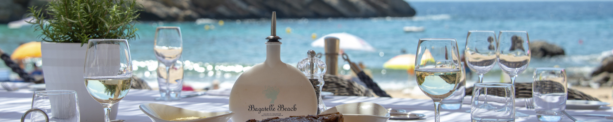 Bagatelle Beach Lunch Review